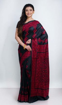 GUJARATI EMBROIDERY SAREE